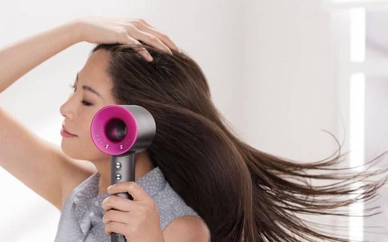 máy sấy tóc loại nào tốt 2