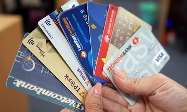 thẻ tín dụng 7