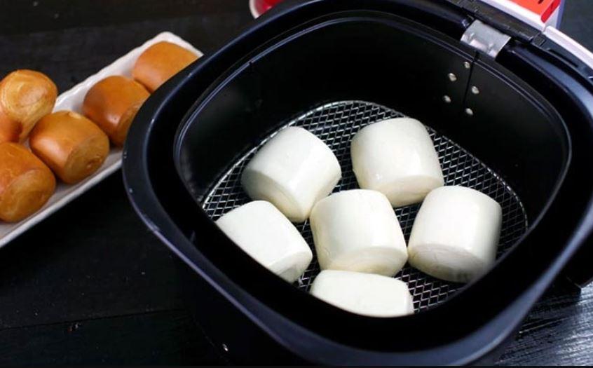 cách làm bánh bằng nồi chiên không dầu26