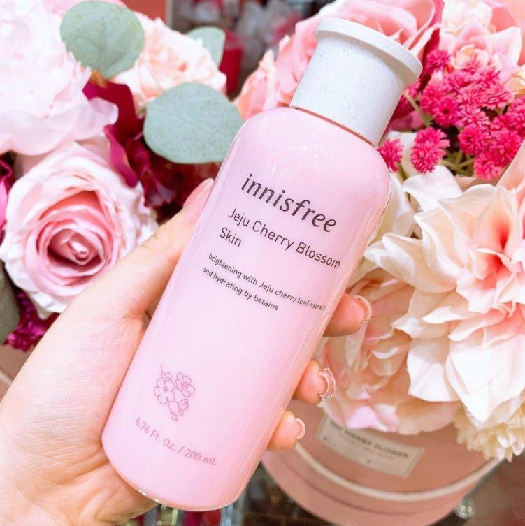 nước hoa hồng Innisfree